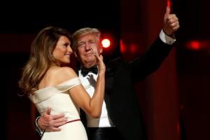 """Το comeback της Μελάνια με """"απάντηση"""" για πορνοστάρ και Τραμπ"""
