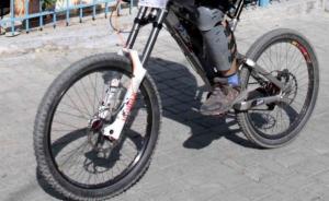 Θεσσαλονίκη: Σκοτώθηκε ανήλικο παιδί με ποδήλατο – Οι ελιγμοί και η μοιραία πτώση!