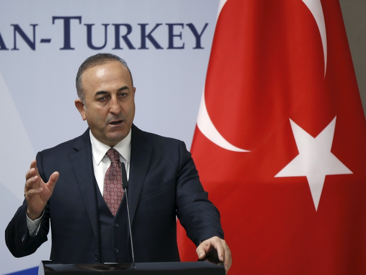 """""""Πυρά"""" του τουρκικού ΥΠΕΞ κατά Τσίπρα για τον """"επιθετικό γείτονα"""""""