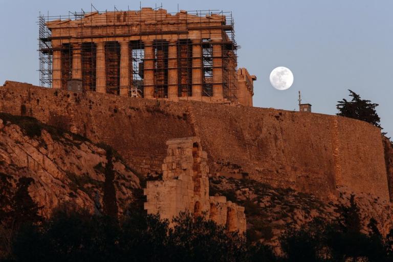 """Έρχεται το """"σούπερ μπλε ματωμένο φεγγάρι""""- Τρία σπάνια φαινόμενα σε ένα μετά από… 152 χρόνια"""