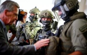 Συναγερμός στην Γερμανία: Επιδρομές της αστυνομίας σε σπίτια και γραφεία φερόμενων κατασκόπων