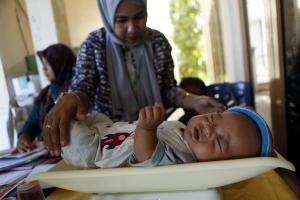 Δράμα στην Ινδονησία: 59 βρέφη νεκρά από πείνα και ιλαρά