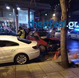Θεσσαλονίκη: Βγήκαν χωρίς γρατζουνιά από αυτά τα αυτοκίνητα – Οι εικόνες του τροχαίου [pics]