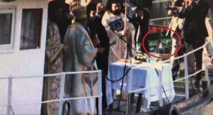 Φώτα 2018: Νεκρό περιστέρι «απελευθέρωσε» ο Δήμαρχος Καλαμάτας – Απίστευτο βίντεο [vid]