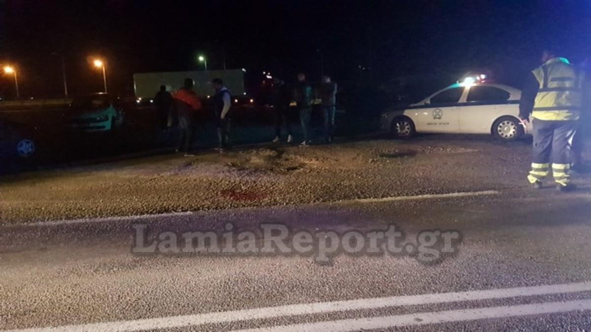 """Λαμία: Πετάχτηκε στον δρόμο και τον """"έκοψε"""" αυτοκίνητο - """"Χαροπαλεύει"""" στο νοσοκομείο ο 60χρονος από την Ανθήλη [pics]"""