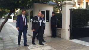 Live: Ο Αλέξης Τσίπρας ενημερώνει τους πολιτικούς αρχηγούς για το Σκοπιανό