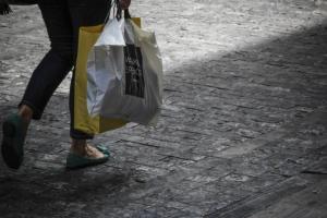 Κυριακή ανοιχτά μαγαζιά – Οι χειμερινές εκπτώσεις 2018 συνεχίζονται