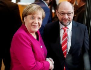 """Γερμανία: """"Καταδικασμένοι"""" να συμφωνήσουν Μέρκελ – Σουλτς!"""