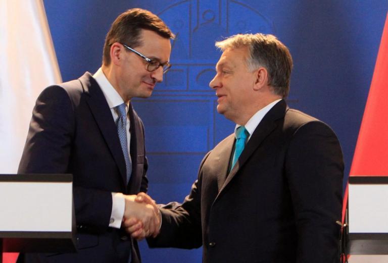 """""""Πανηγύρια"""" από Ουγγαρία και Πολωνία για την αντιμεταναστευτική τους πολιτική [pics]"""