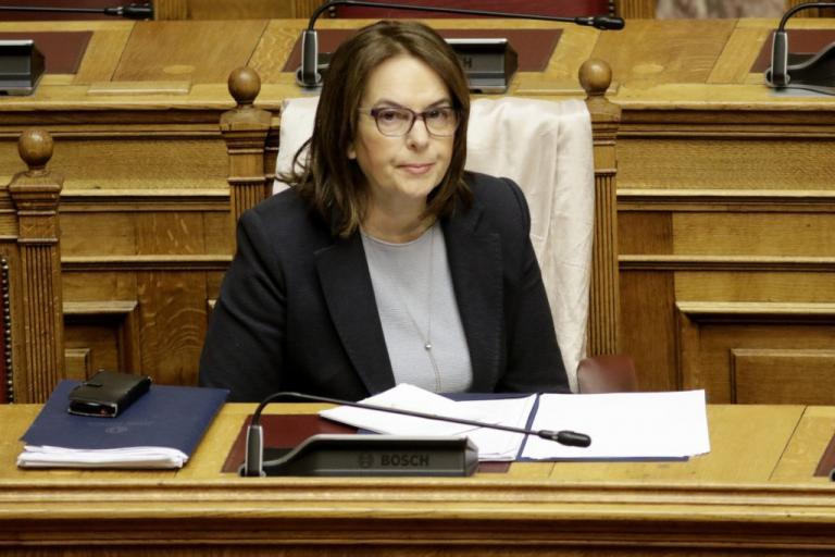 Παπανάτσιου: Δεν υπάρχει καμία δέσμευση της χώρας για αριθμό πλειστηριασμών