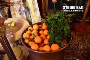 Θεοφάνεια 2018: Αυτό είναι το έθιμο με τα πορτοκάλια στο Άργος [pics]