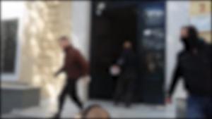 """Βίντεο από την """"έφοδο"""" του Ρουβίκωνα στην Ευελπίδων"""