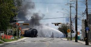 Νότια Αφρική: Τέσσερις νεκροί και δεκάδες τραυματίες από εκτροχιασμό τρένου