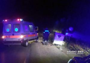 Αυτοκίνητο τούμπαρε και έπεσε σε χαντάκι στην Αργολίδα [pics]