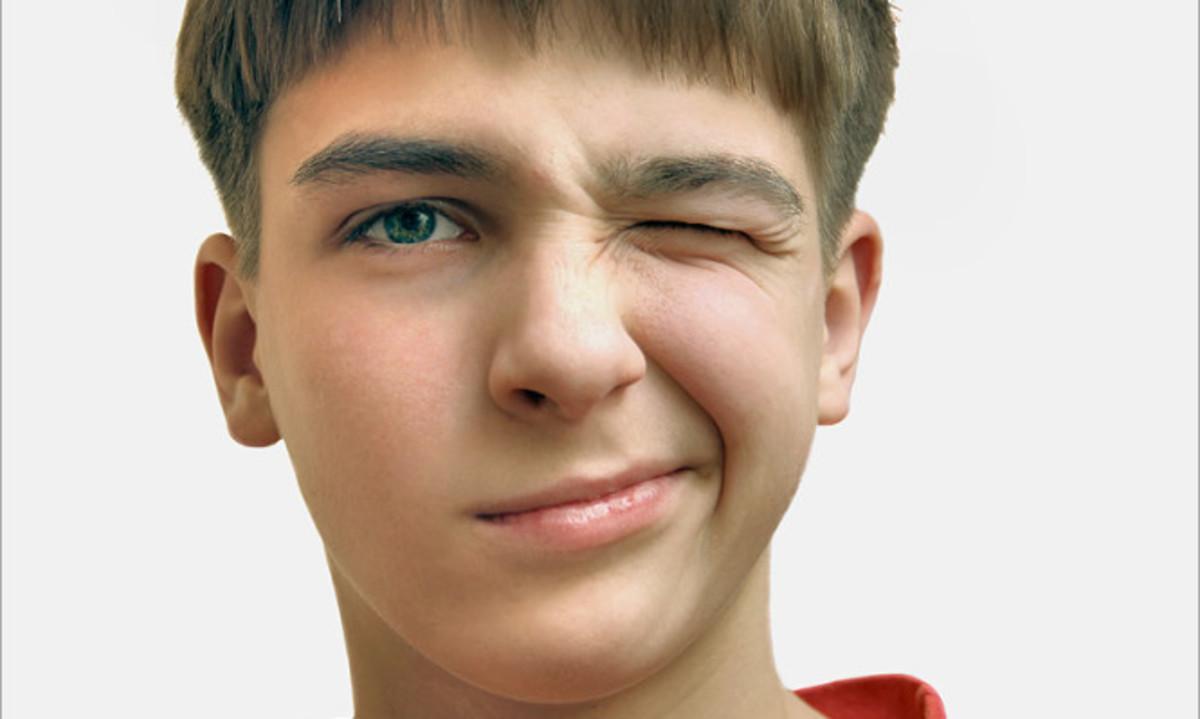 """Πότε το """"τικ"""" είναι σημάδι από το σύνδρομο Τουρέτ! Προσοχή στα αίτια και τα συμπτώματα"""
