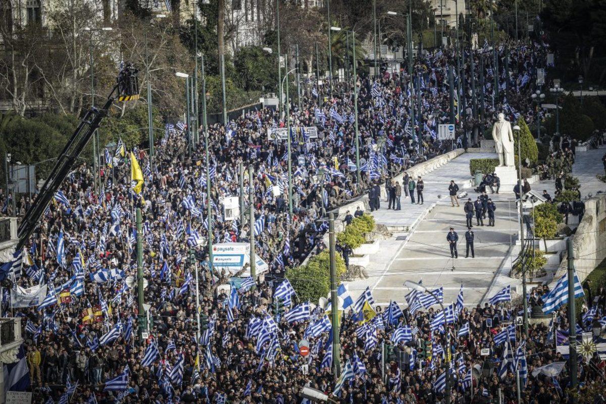 """Βόμβες Μπουτάρη για συλλαλητήριο, Μίκη Θεοδωράκη και Σκοπιανό – """"Σωστό το Νέα Μακεδονία"""" [vid]"""