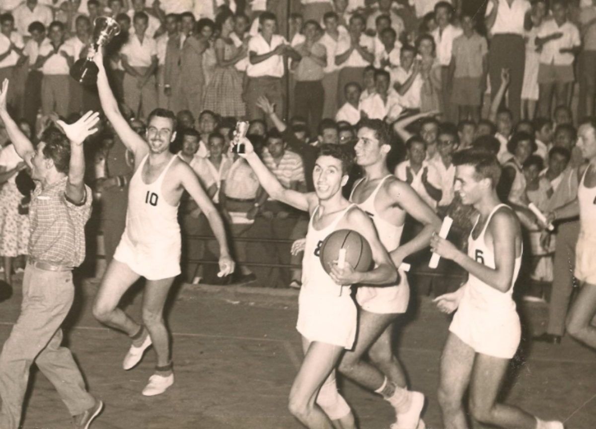 """Πένθος για το ελληνικό μπάσκετ – """"Έφυγε"""" ο Ορέστης Αγγελίδης"""