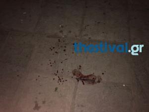 Διακινητές ναρκωτικών μαχαίρωσαν νεαρό στο κέντρο της Θεσσαλονίκης