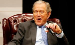 """""""Ύμνοι"""" Μπους για τον Πούτιν – """"Έξυπνος και ικανός πολιτικός"""""""