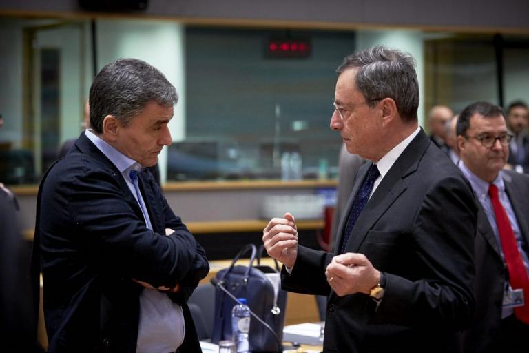 """Ντράγκι: """"Καμία αντιπαράθεση"""" με τον Ευκλείδη Τσακαλώτο"""