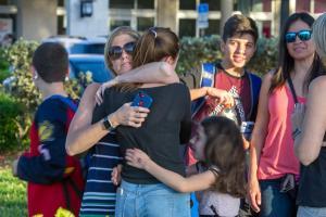 Μακελειό στην Φλόριντα: Επιστροφή στο αιματοβαμμένο σχολείο του Πάρκλαντ