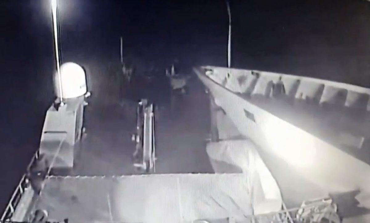 """Ίμια: Βίντεο ντοκουμέντο από την στιγμή που το τουρκικό πλοίο πέφτει πάνω στο """"Γαύδος"""""""
