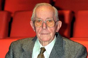 Πέθανε σε ηλικία 97 ετών ο δημιουργός τριών ταινιών Τζέιμς Μποντ