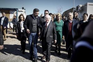 Επίσκεψη του προέδρου της Ιρλανδίας στη δομή φιλοξενίας στον Ελαιώνα