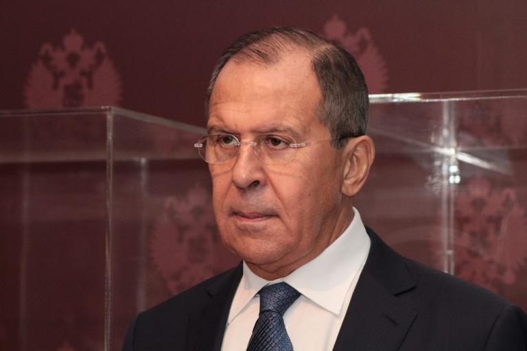 """Λαβρόφ: """"Οι ΗΠΑ εκπαιδεύουν την Ευρώπη στη χρήση πυρηνικών κατά της Ρωσίας""""!"""