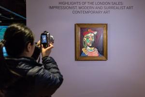 """Αυτός είναι ο πίνακας του Πικάσο που απεικονίζει τη σύντροφό του και """"κρύβει"""" τη μετέπειτα ερωμένη του"""