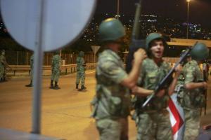 Τουρκία: Ισόβια σε 64 στρατιωτικούς για την απόπειρα πραξικοπήματος