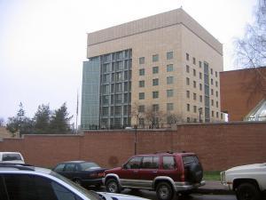 """Οι ΗΠΑ κάνουν… """"update"""" στην πρεσβεία τους στην Μόσχα – Μόλις… 100 εκατ. ευρώ το κόστος"""