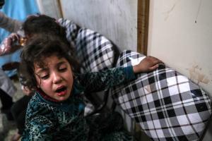 """ΟΗΕ: """"Δεν προλαβαίνουμε μέσα σε πέντε ώρες να βοηθήσουμε τους αμάχους στην Συρία"""""""