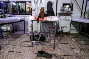 Εγκλήματα πολέμου χωρίς τέλος στη Συρία – Βομβαρδίζουν ανηλεώς νοσοκομεία