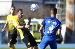 "Football League: Νέα ""γκέλα"" για Άρη! ""Τρένο"" ο ΟΦΗ"