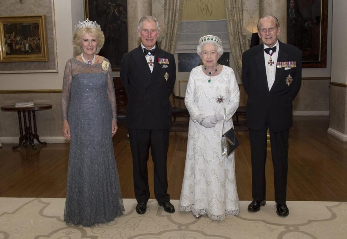 Καμίλα, πρίγκιπας Κάρολος, βασίλισσα Ελισάβετ, πρίγκιπας Φίλιππος