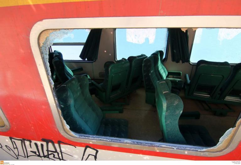 Άνοιξε η σιδηροδρομική γραμμή – Κανονικά τα δρομολόγια μετά τον εκτροχιασμό τρένου στην Κατερίνη
