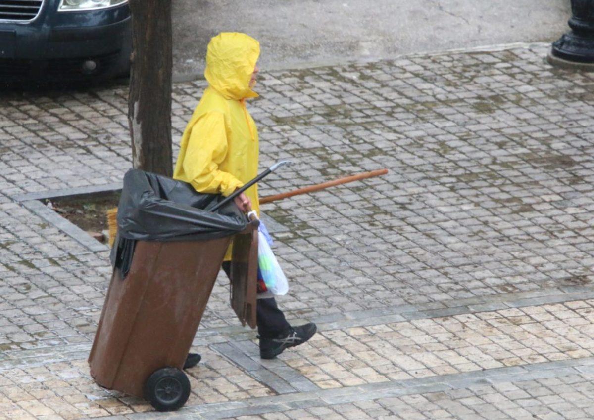 Ηράκλειο: Ψάχνουν τον οδηγό που χτύπησε την εργαζόμενη στην καθαριότητα