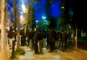 ΠΑΟΚ: Οπαδοί έξω από τα γραφεία του ΣΥΡΙΖΑ σε Αθήνα και Θεσσαλονίκη [vid]