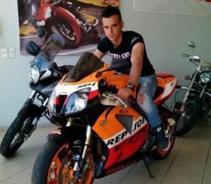 Αιτωλοακαρνανία: Αίμα στην άσφαλτο – Σκοτώθηκε ο Θοδωρής Βάρσος με την αγαπημένη του μηχανή [pics]