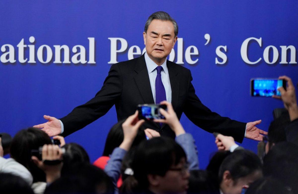 Ντόναλντ, πες αλεύρι… Η Κίνα απειλεί τις ΗΠΑ με αντίποινα για τους δασμούς