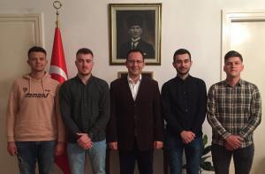"""Πρόκληση του τουρκικού προξενείου Θεσσαλονίκης: Αποκαλεί """"ομοεθενείς"""" Έλληνες μουσουλμάνους φοιτητές"""