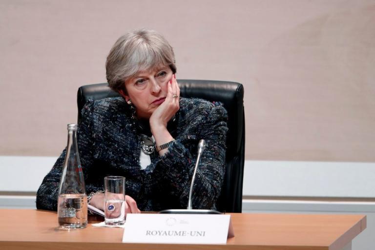 «Πόρτα – πόρτα» η Μέι για το Brexit – Εθνική περιοδεία σε όλο το Ηνωμένο Βασίλειο