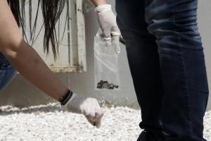 """""""Μαφιόζικη"""" εκτέλεση μέρα μεσημέρι έξω από το νεκροταφείο της Λούτσας"""