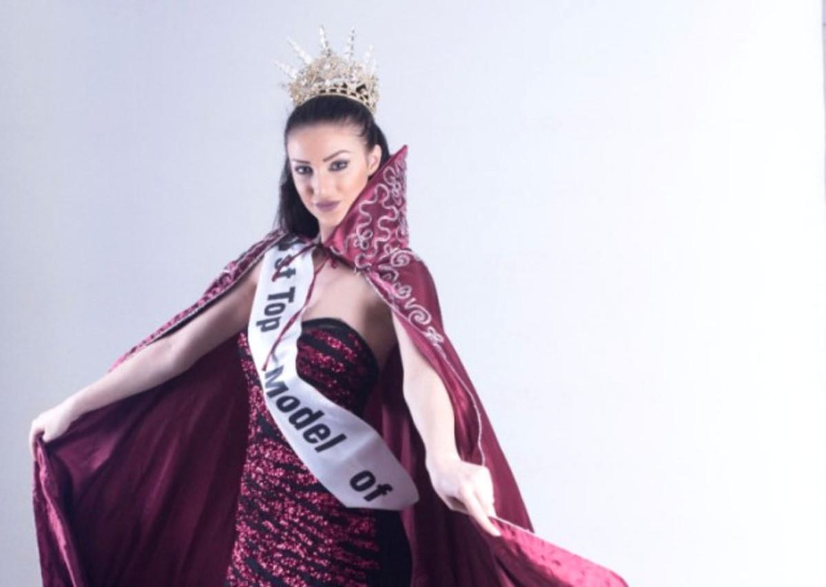 Μερβέ Ακκανάτ: Το εντυπωσιακό μοντέλο απειλεί την Ελλάδα με οθωμανικά χαστούκια!