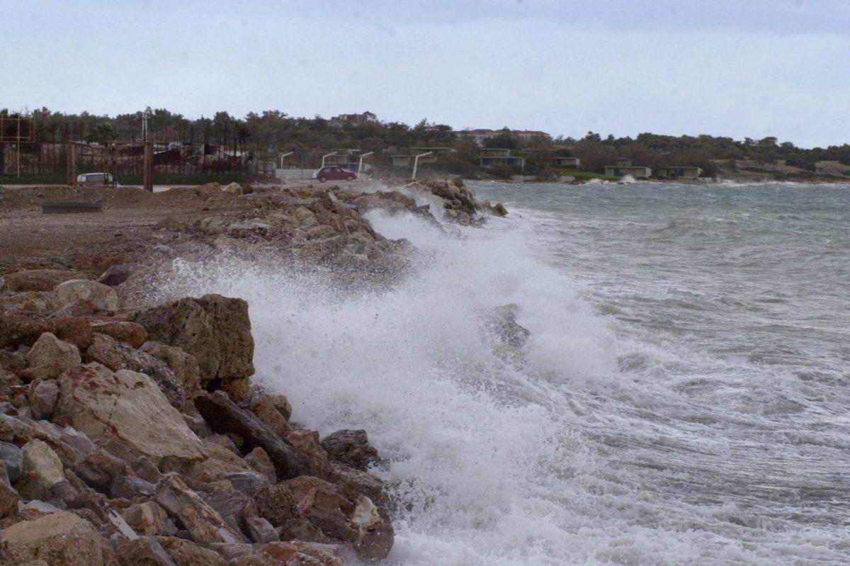 """""""Εγκλωβισμένοι"""" σε ελληνικά νησιά περίπου 40 Τούρκοι"""