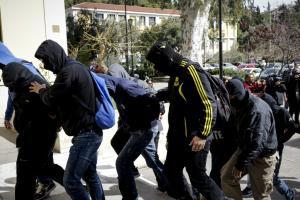 Combat 18: Στον εισαγγελέα οι νεοναζί! Συνολικά 11 συλλήψεις