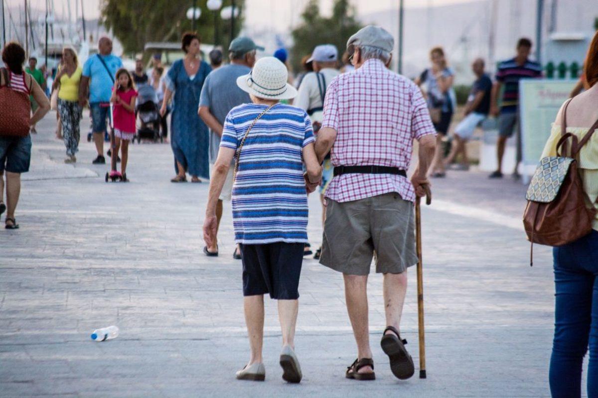 γήρανση πληθυσμού ΕΚΤ