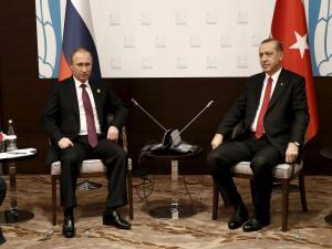 Τηλεφωνική επικοινωνία Πούτιν – Ερντογάν για τη Συρία