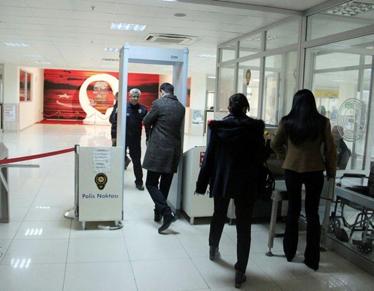 Έλληνες στρατιωτικοί: Αγώνας ώστε η κράτησή τους να συνεχιστεί στο προξενείο μας στην Αδριανούπολη